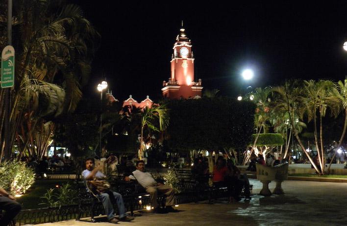 Merida Plaza Grande