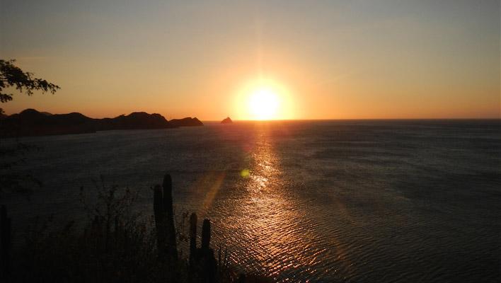Zonsondergang van Taganga Colombia