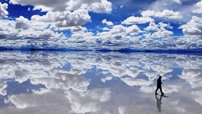 Salar de Uyuni spiegel van de wereld