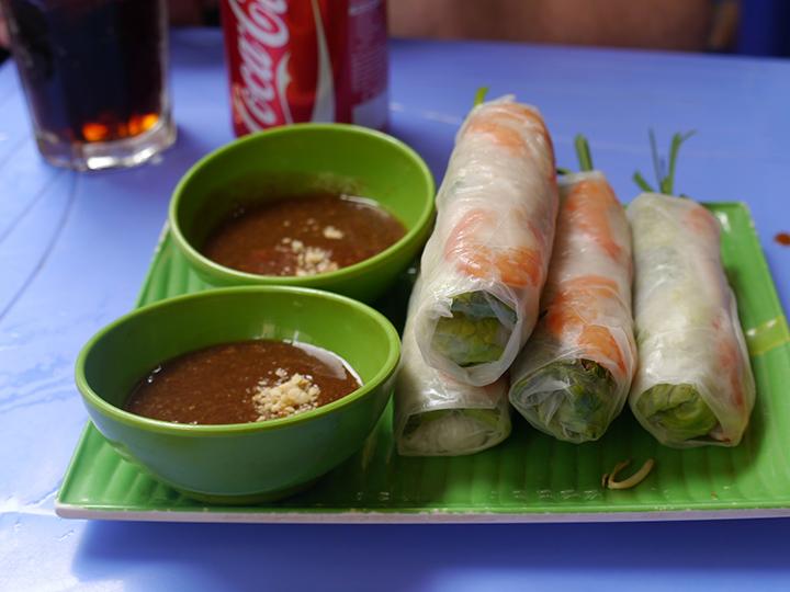 Vietnamese loempia in Hanoi